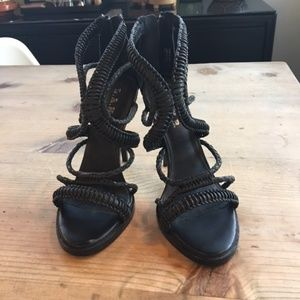 L.A.M.B. Vine Strappy Sandals Heels leather 8